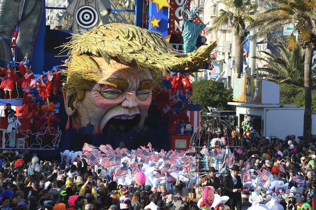 Name:  Viareggio+Carnival+Parade+sVb7503zjw0x.jpg Views: 201 Size:  326.5 KB