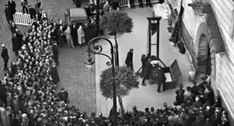 Name:  last french guillotine.PNG