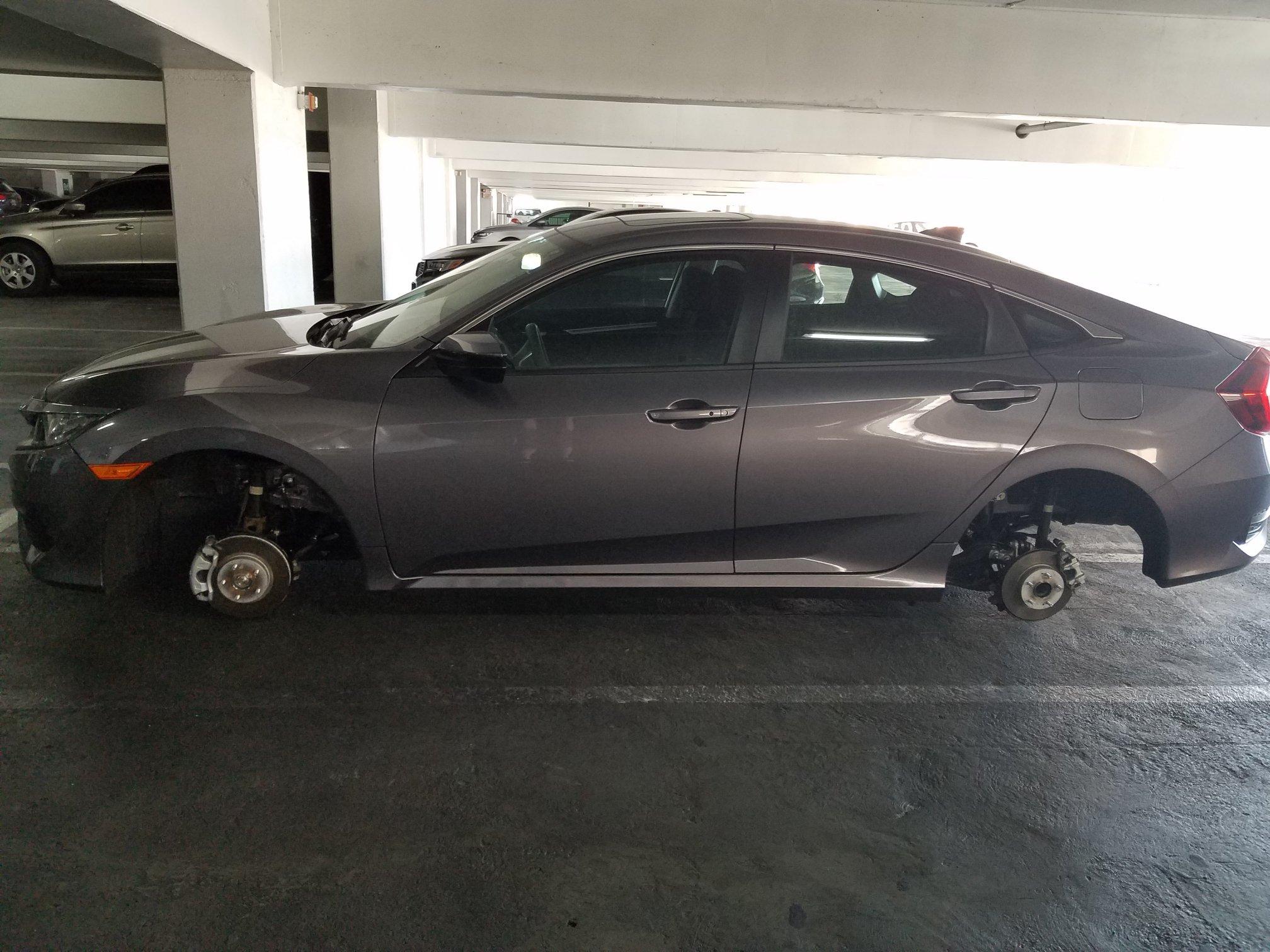 Name:  venetian-car-wheels.jpg Views: 569 Size:  409.4 KB