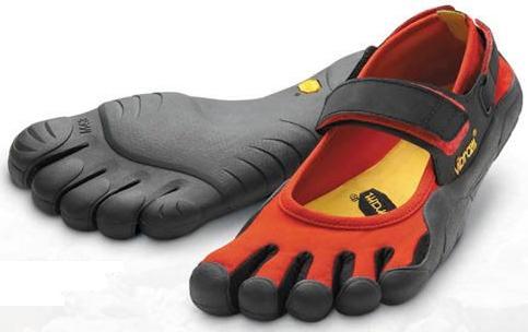 Name:  toe+shoes.jpg Views: 450 Size:  18.1 KB